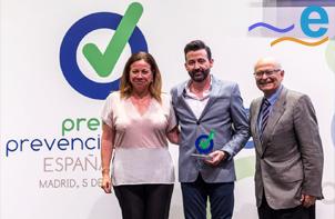 ERGONAUTAS GANA EL PREMIO A LA INVESTIGACIÓN PREVENCIONAR 2018 - José Antonio Diego Más recoge el premio